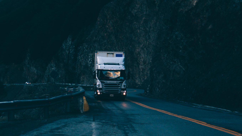 expressz szállítás kamion